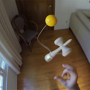 Colin_Sander_Practices_Kendama_14_07_07_5